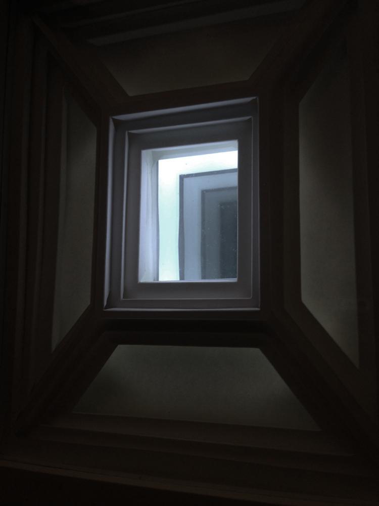HofL dark hallway 2